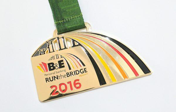 Hobart-Run-The-Birdge-2016_1200x938px